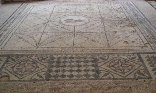Zdjecie CZARNOGÓRA / Boka Kotorska / Risan / Rzymskie mozaiki w Risan