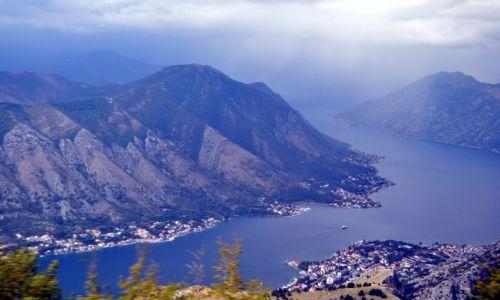 Zdjecie CZARNOGÓRA / Zatoka Kotorska / okolice Kotoru / Widok na Kotor