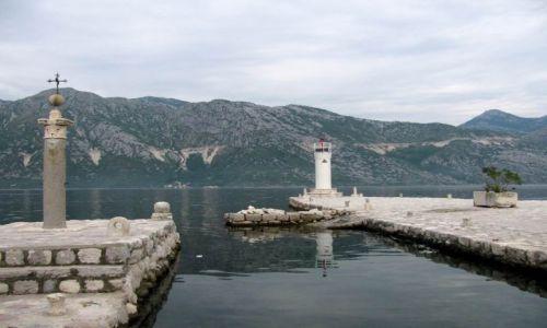Zdjęcie CZARNOGÓRA / Bałkany / Zatoka Kotorska / Stara latarnia
