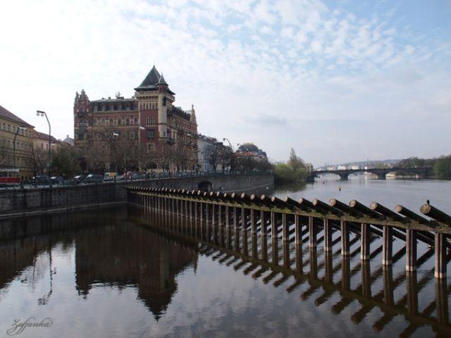 Zdjęcia: Praga, Pierwsze promyczki słonka w Pradze, CZECHY