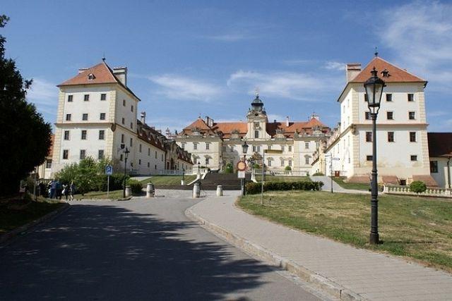 Zdjęcia: Valtice, Morawy Południowe, Pałac w Valticach, CZECHY