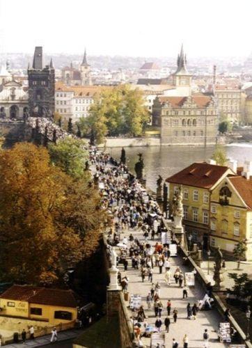 Zdjęcia: Most Karola, Praha, Widok na Wieże Mostowe Malej Strany, CZECHY