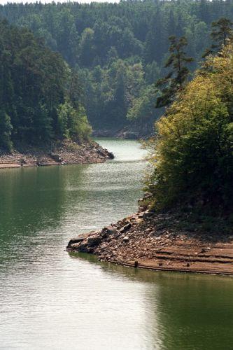 Zdjęcia: Nad rzeką, Kaniony w ...Czechach., CZECHY