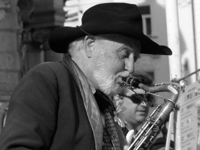 Zdjęcia: Praga, starszy pan, CZECHY