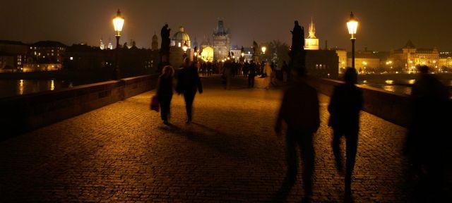 Zdjęcia: Praga, na moście Karola, CZECHY