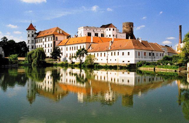 Zdjęcia: Jidrihov Hradec, południe, Dziwadło, CZECHY