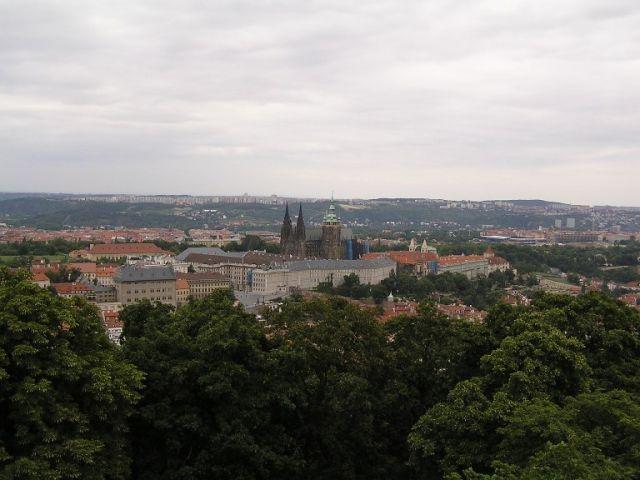 Zdjęcia: Praga, Wśród zieleni..., CZECHY