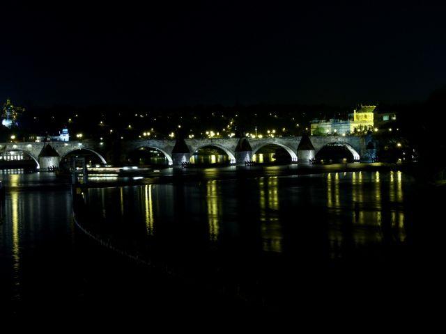 Zdjęcia: Praga, Most Karola nocą, CZECHY