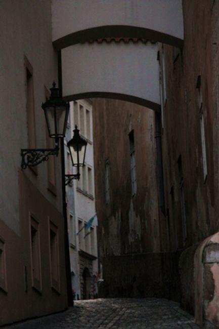Zdjęcia: Praga, urokliwa praska uliczka, CZECHY