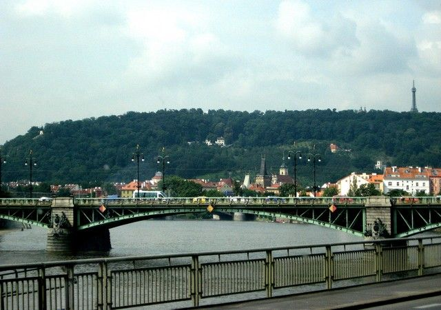 Zdjęcia: Praga, Czechy Środkowe, widok z autokaru, CZECHY