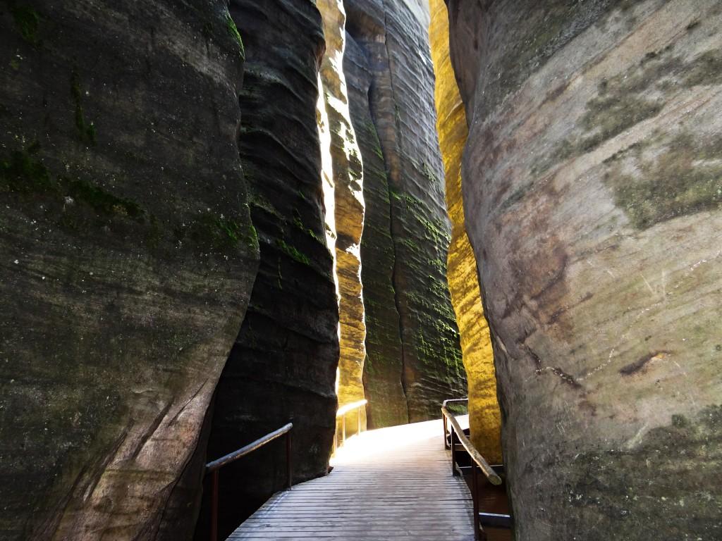 Zdjęcia: skalne miasto, astrabach, odcienie skał, CZECHY