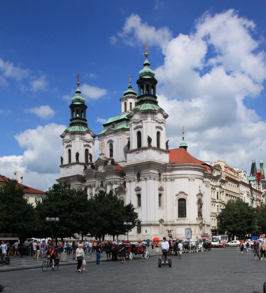 Zdjęcia: Rynek Staromiejski, Praga, Kościół św. Mikołaja, CZECHY