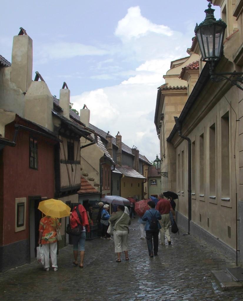 Zdjęcia: Praga, Hradczany, Złota Uliczka, CZECHY