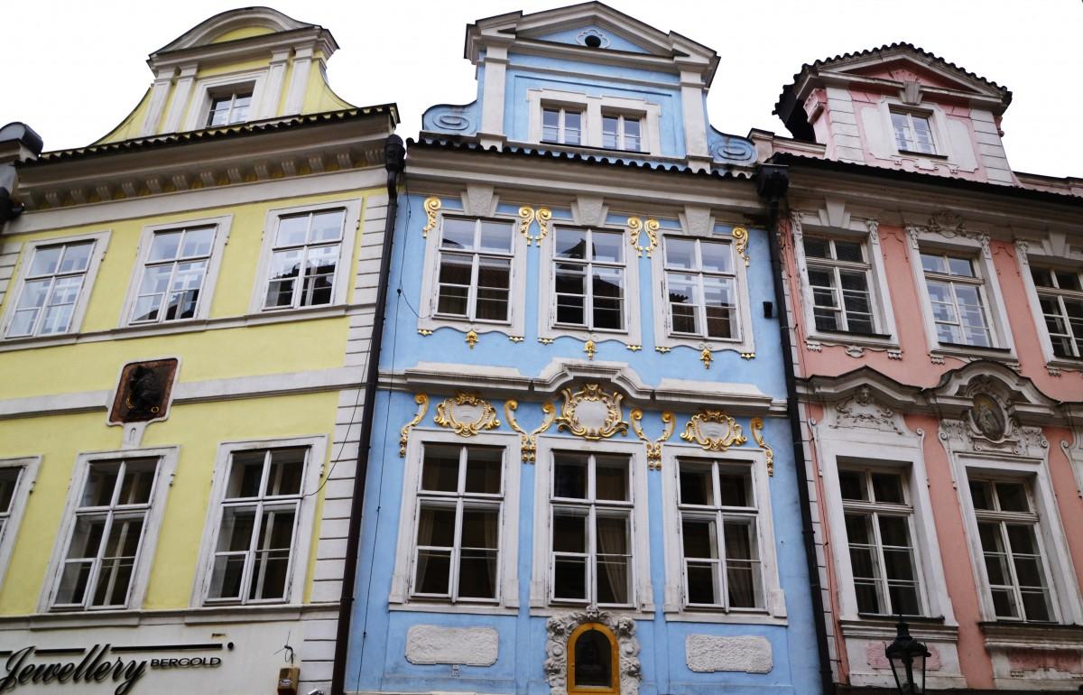Zdjęcia: Praga - Mala Strana, Kraj środkowoczeski, Praskie kamienice, CZECHY