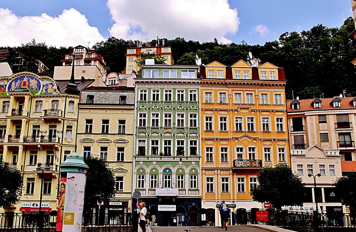 Zdjęcia: Karlowe Wary, Kraj Karlowarski, Kolorowe Karlowe , CZECHY