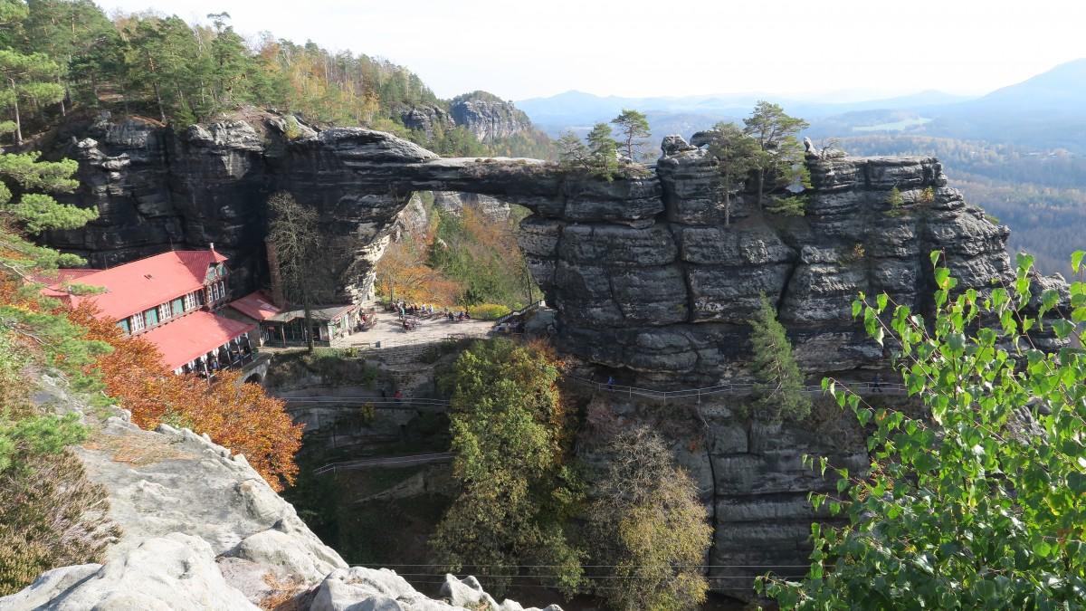 Zdjęcia: Pravcicka Brana, Czeska Swajcaria, Wykute w skale, CZECHY