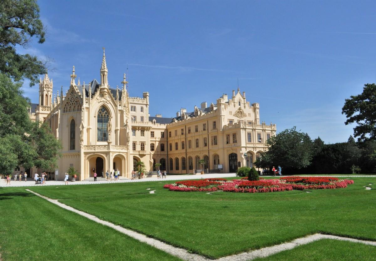 Zdjęcia: Lednice, Morawy, Lednice, pałac, CZECHY