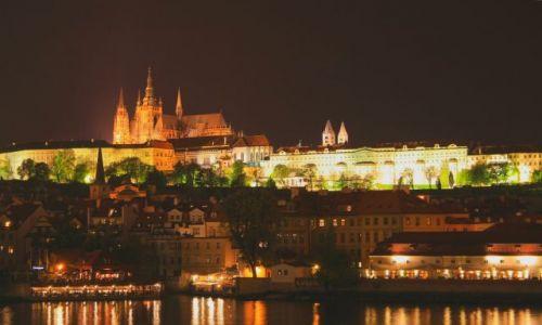Zdjecie CZECHY / Praga / Czechy / Praga noca konk