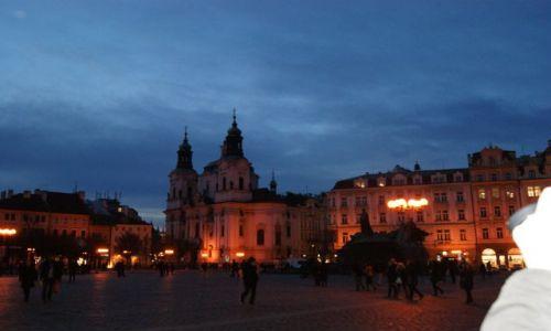 Zdjecie CZECHY / - / Praha / Praga nocną porą