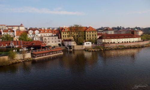 Zdjecie CZECHY / - / Praga / Pierwsze promyczki słonka w Pradze