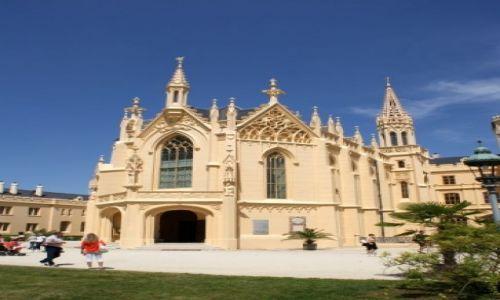 Zdjęcie CZECHY / Morawy Południowe / Lednice / Zamek w Lednicach- kościół
