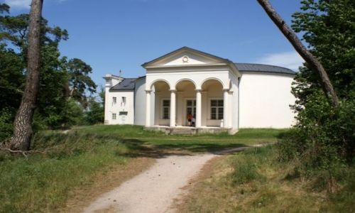 Zdjęcie CZECHY / Morawy Południowe / okolice Valtic / Trzy Gracje