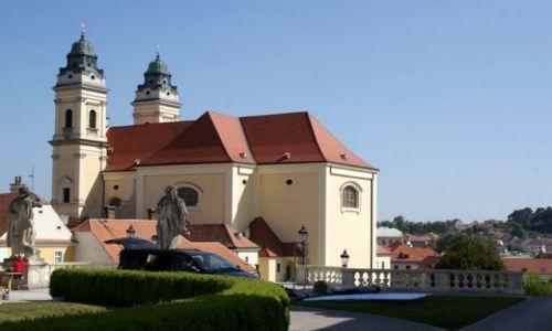 Zdjecie CZECHY / Morawy Południowe / Valtice / Kościół Farny w Valticach