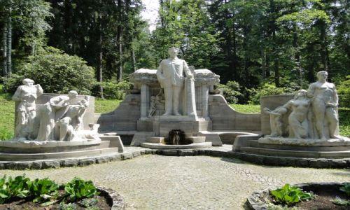 CZECHY / G�ry Opawskie / Jesenik / Pomnik Priessnitza