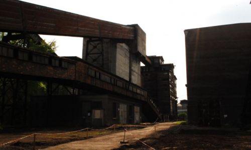 Zdjecie CZECHY / Morawy / Ostrawa / Zamknięta fabryka w Witkowicach