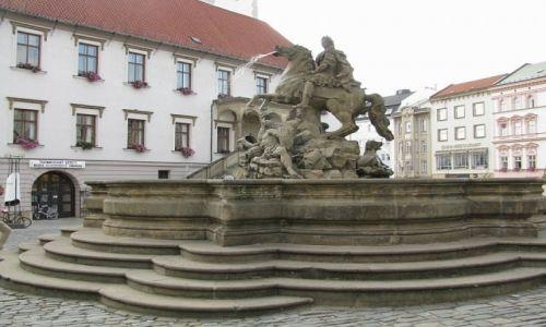 Zdjęcie CZECHY / Morawy Środkowe / Ołomuniec / górny rynek