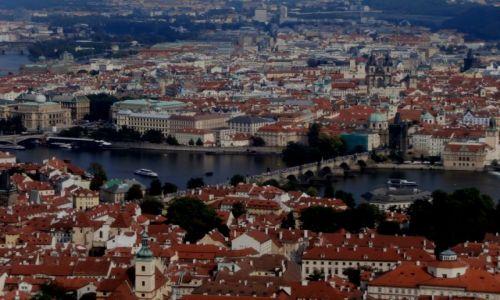 Zdjecie CZECHY / Petrin / Praga / Widok na Pragę