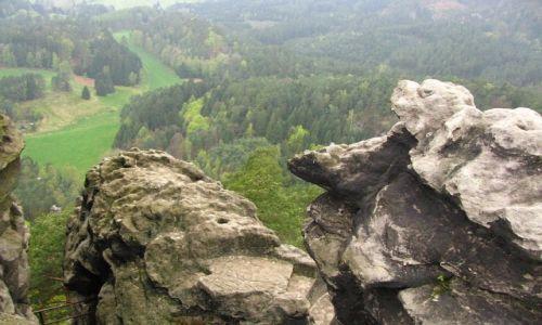 Zdjęcie CZECHY / Czeska Szwajcaria / Hreńsko / skałki
