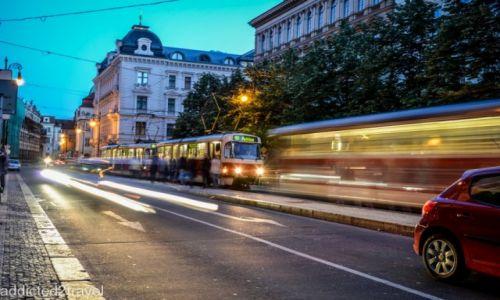 CZECHY / Praga / Praga / Czerwone tramwaje