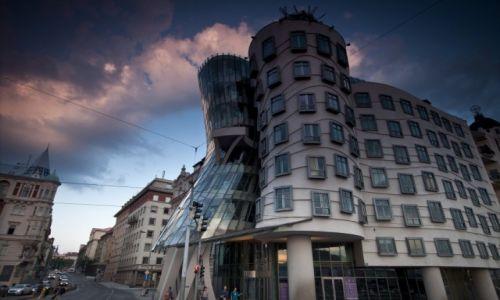 Zdjecie CZECHY / Czechy Środkowe / Praga / Tańczący Dom