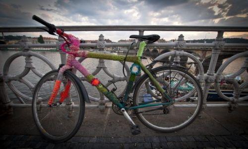 Zdjecie CZECHY / Czechy Środkowe / Praga / Wełniany rower :)
