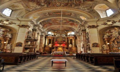 Zdjecie CZECHY / Morawy / Brno / Brno, kościół Minoritov