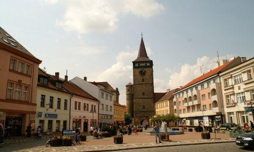 Zdjęcie CZECHY / Czeski Raj / Jiczyn / widok na basztę