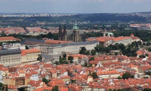 CZECHY / Praga / Wzgórze Petřín / Zamek na Hradczanach