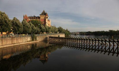 Zdjęcie CZECHY / Praga / Novotneho lavka / Nad Wełtawą