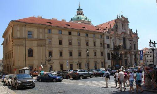 CZECHY / Praga / Malá Strana / Kościół sw. Mikołaja