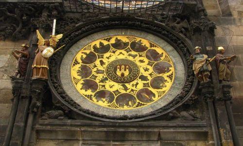 Zdjecie CZECHY / Praga / Rynek Staromiejski / wieża ratusza - zegar astronomiczny
