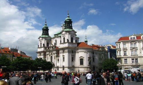 Zdjecie CZECHY / Praga / Rynek Staromiejski / kościół św. Mikołaja