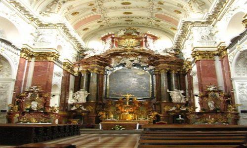 Zdjęcie CZECHY / Praga / Nowe Miasto / kościół św.  Ignacego