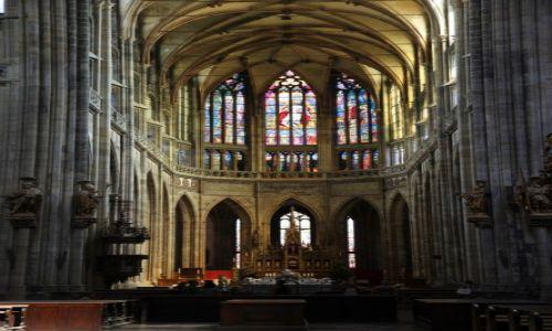 Zdjęcie CZECHY / Praga / Hradczany / Katedra św. Wita, nawa główna