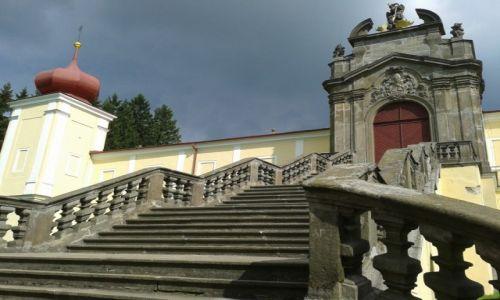 Zdjęcie CZECHY / Kraliky / Kraliky / Klasztor na górze Matki Bożej