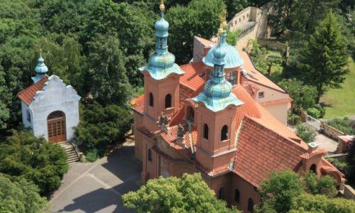 Zdjęcie CZECHY / Praga / Wzgórze Petrin / Kościół św. Wawrzyńca