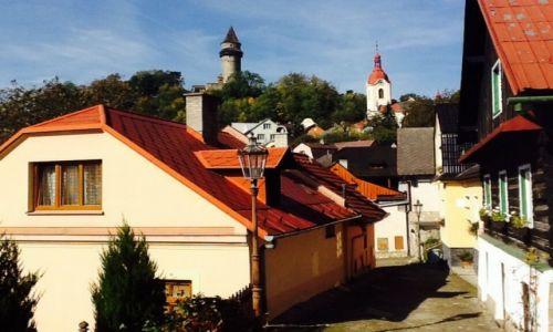 Zdjęcie CZECHY / Morawy / Štremberk / Uliczka