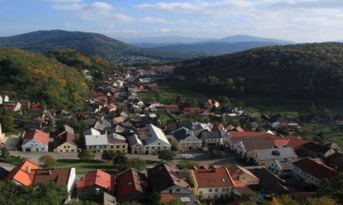 Zdjecie CZECHY / Morawy / Stramberk / W dolinie