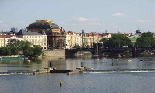 Zdjecie CZECHY / brak / Praga / Nad Wełtawą