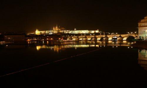Zdjecie CZECHY / -Praga / Hradczany / Praga nocą
